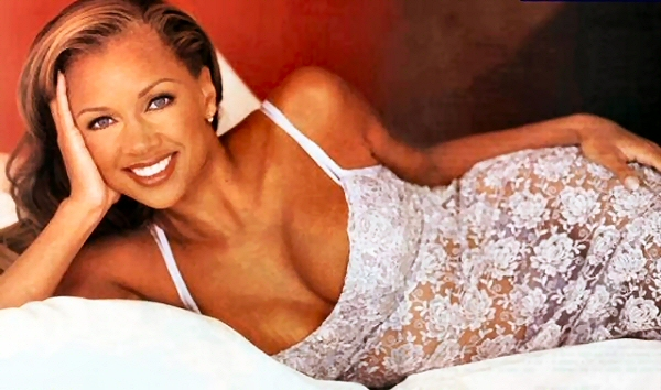 Vanessa Williams hot