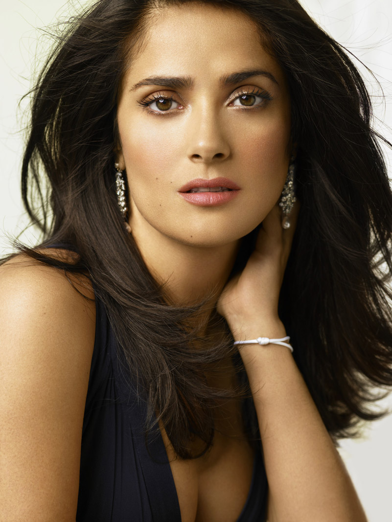 http://cinematicpassions.files.wordpress.com/2008/07/91647_salma_hayek_ondrea_barbe_823_122_445lo.jpg