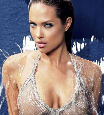 angelina_jolie_hot_cover_girls_gallery
