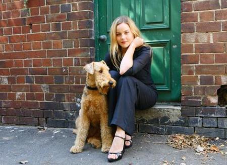 abbie_with_dog_wideweb__470x343,2