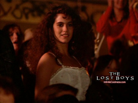 jami-gertz-the-lost-boys1-the-lost-boys-movie-2887714-1024-768