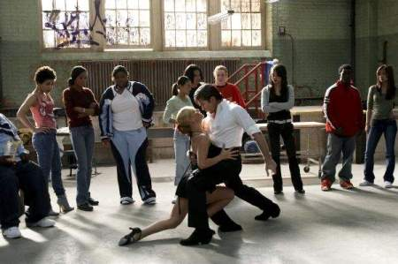 Dance_with_me_2005_Take_the_Lead_7