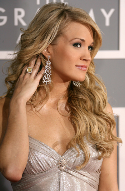 CARRIE UNDERWOOD amp; HER NEW CD