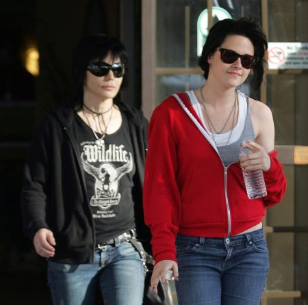 Kristen Stewart  Joan Jett on Joan Jett And Kristen Stewart Photos
