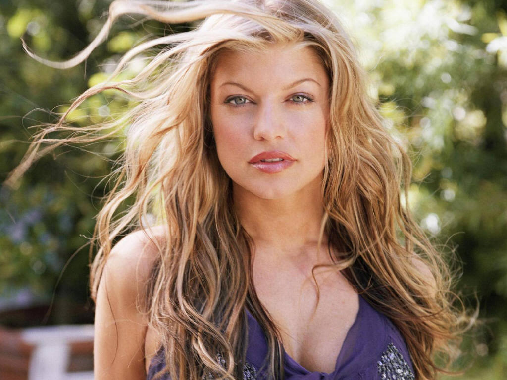 FERGIE'S NEW FRAGRANCE | CINEMATIC PASSIONS BY MIRANDA WILDING Fergie S