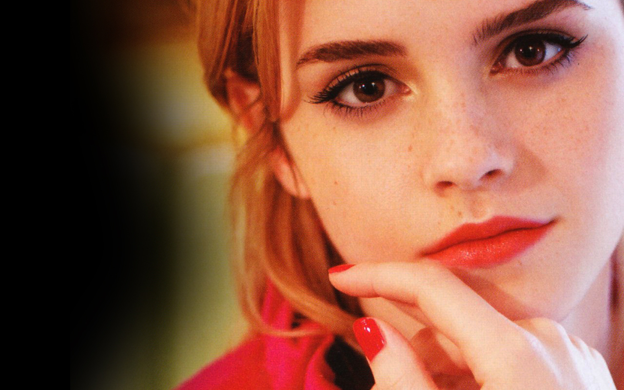 EMMA WATSON: THE BRAND NEW FACE OF LANCOME | CINEMATIC PASSIONS BY ... Emma Watson
