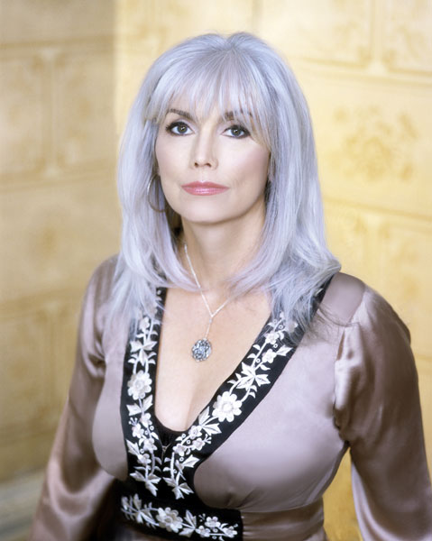 emmylou harris grateful for her grandly deserved success