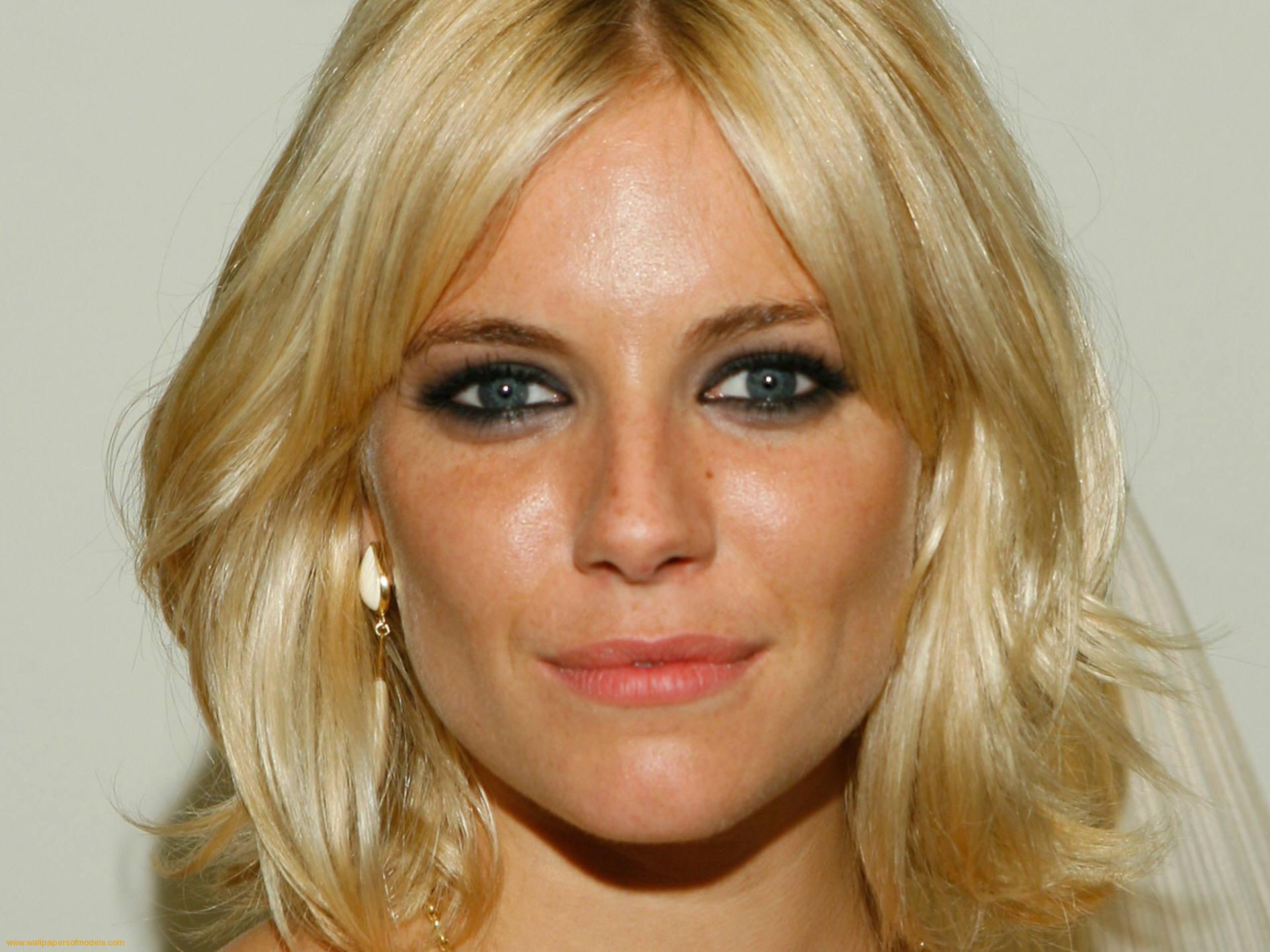 Sienna Miller - Picture Hot